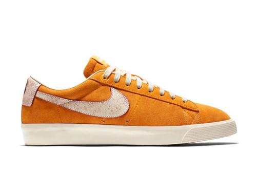 Nike SB Blazer Low GT QS Skateboarding Shoe, Bruised Peach