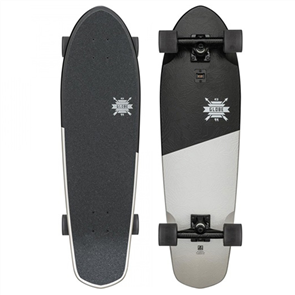 "Globe Big Blazer 32"" Complete Skateboard,  Black White Scorps"