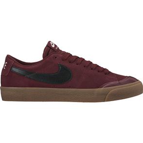 Nike SB Zoom Blazer Low XT Skateboarding Shoe, Dark Team Red