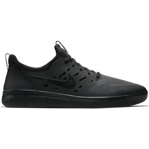 Nike Mens Nyjah Free Skateboarding Shoe, Black Black