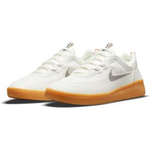 Nike SB Nyjah Free 2 Shoe, SUMMIT WHITE/BLACK-BRIGHT CRIMSON