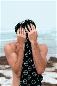 LEUS 100% Cotton Print Beach Towel, Iconic