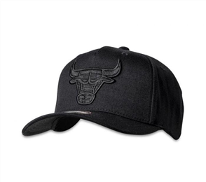 Mitchell Ness CHICAGO BULLS ALL BLACK 110 Snapback Cap, Chicago