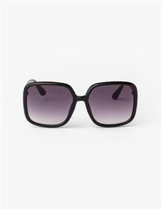 Stella + Gemma Blythe Polarised Sunglasses, Black